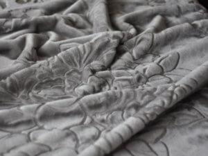 Koc Akrylowy rozmiar 160x210 kolor Srebrny